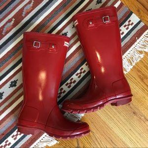 Hunter Red Gloss Rubber Rain Boots, 7